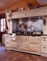 Anglická stará trouba v kuchyni